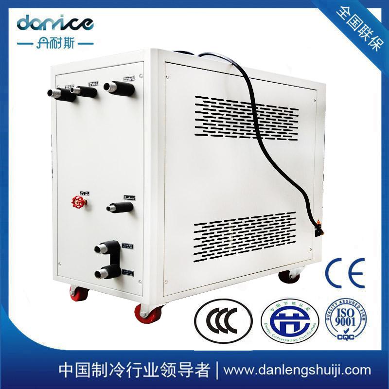 水冷式冷水机。高效冷水机